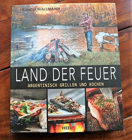 """Kochbuch """"Land der Feuer"""""""